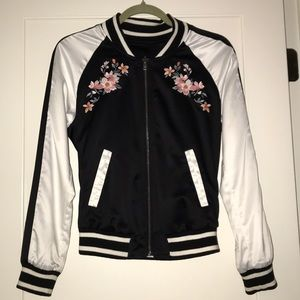 HOLLISTER | Reversible Floral Bomber Jacket